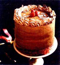Tort_de_ciocolata_cu_zmeura_si_iaurt