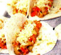 Tortillia_cu_pui_legume_si_cascaval