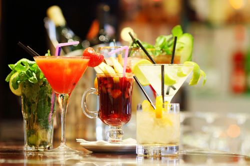 Cocktail cu merisoare si lichior de portocale