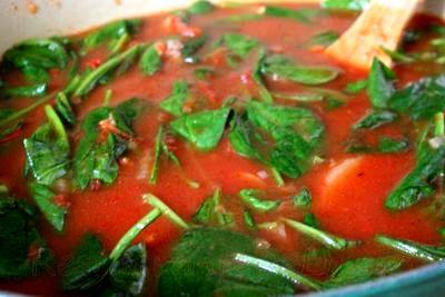 Supa din piept de vita cu carnaciori