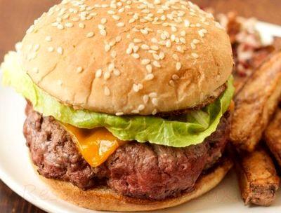 Burgeri_de_vita_cu_branza_cheddar_10
