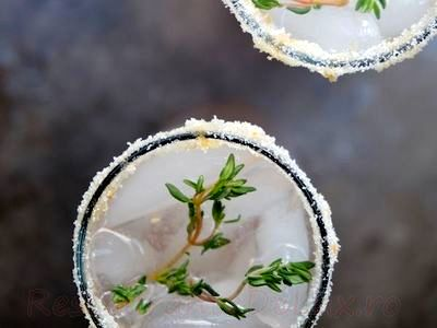 Cocktail_cu_gin_si_suc_de_grapefruit_15