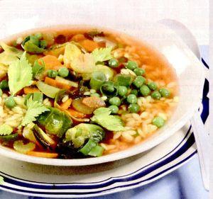 Supa de mazare cu bulion si coriandru