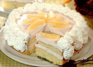 Tort_cu_crema_de_iaurt