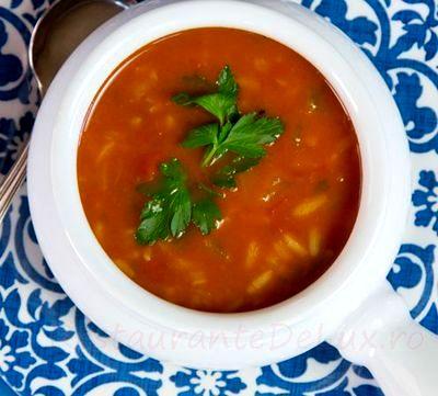 Supa de rosii cu rozmarin si busuioc