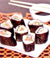 Sushi_cu_somon_castravete_si_sos_de_soia