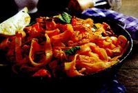 Spaghete_cu_fructe_de_mare_si_busuioc