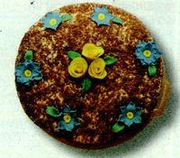 Tort_cu_visine_nuca_si_crema_de_vanilie