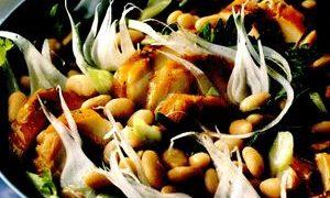 Salata_cu_macrou_afumat_cocos_si_fasole