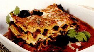 Lasagna_cu_rosii_pasate