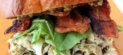 Sandwich_cu_omleta_si_bacon_04