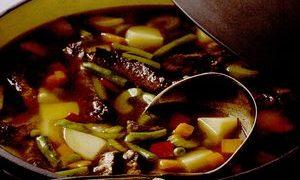 Supa_de_carne_de_vita_cu_cartofi_si_mix_de_legume