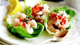 Barcute de salata cu creveti