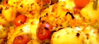 Cum_se_prepara_Cartofi_cu_branzeturi_la_cuptor