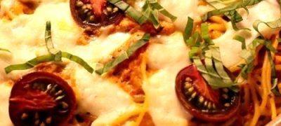 Spaghete_cu_sos_de_rosii_si_mozzarella_04
