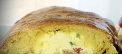 How to Make Scrambled Egg Brunch Bread