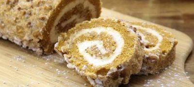 How to Make a Pumpkin Roll Cake