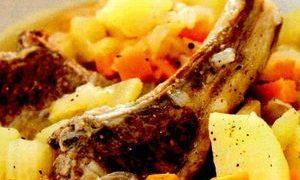 Mancare_de_cartofi_cu_miel