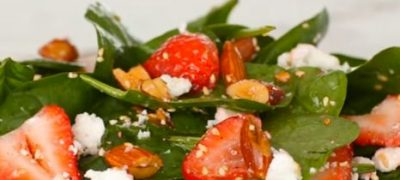 How_to_make_Strawberry_Spinach_Salad