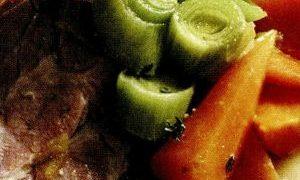 Ceafa_de_porc_cu_legume