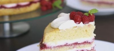 How_to_make_Raspberry_Vanilla_Cake