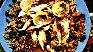 Salata de macrou cu fasole si naut