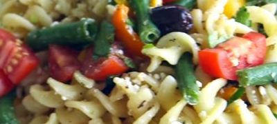 How_to_make_Greek_Pasta_Salad