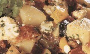 Salata mediteraneana de cartofi