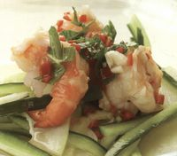 Vietnamese_salad_of_shrimp_with_papaya