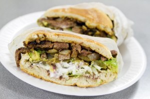 20140130-el-tenampa-sandwich1-thumb-610x406-380821