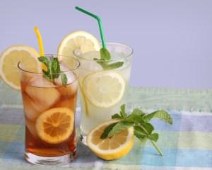glasses-of-iced-tea-and-lemonade-300x240