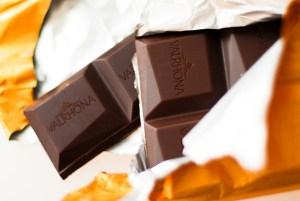 valrhona-ampamakia-chocolate-bar