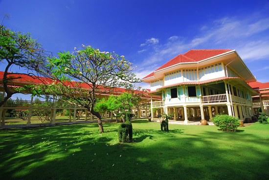 Rest Detail Hotel : Mrigadayavan Palace