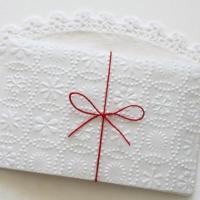 Quanto mettere nella 'busta' del matrimonio? Lo svela una formula matematica 'napoletana'