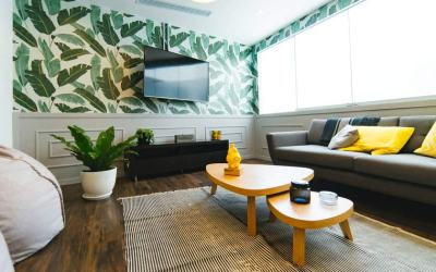 3 Ideas for How to Decorate Your Walls Using Home Materials