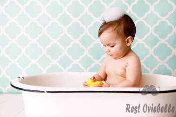 baby with rubber ducky in antique bathtub - baby wash s and pictures Why use baby wash?