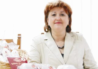 Angelica Smil-director general Salbac