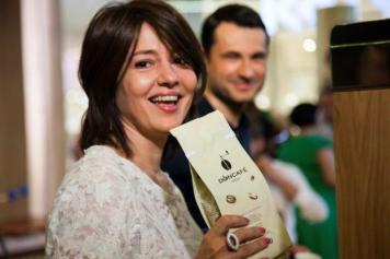 Oana Sarbu la lansarea Doncafe Fresh