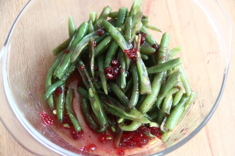 preparare salata de fasole verde cu otet de zmeura