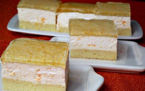 prajitura cu iaurt si caise