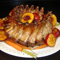 coronita-de-coaste-de-porc-cu-fructe-si-legume