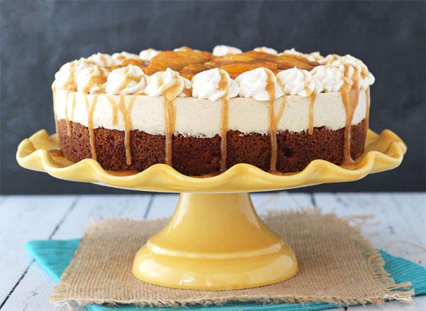 tort-blondie-cheesecake-cu-piersici-si-caramel