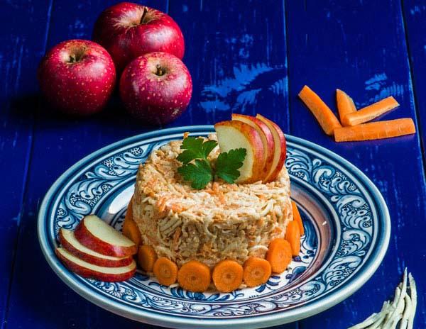 salata-de-cruditati-morcovi-telina-si-mar