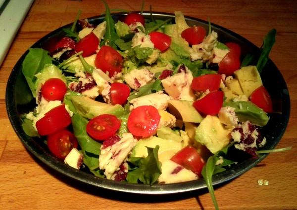 Cele mai bune retete cu avocado - Salata de avocado si branza