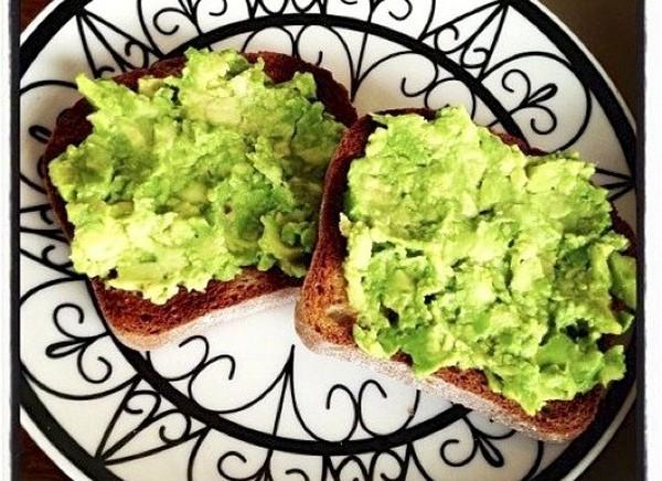 Cele mai bune retete cu avocado - Salata de avocado