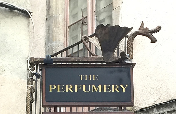 rotulacion perfumeria