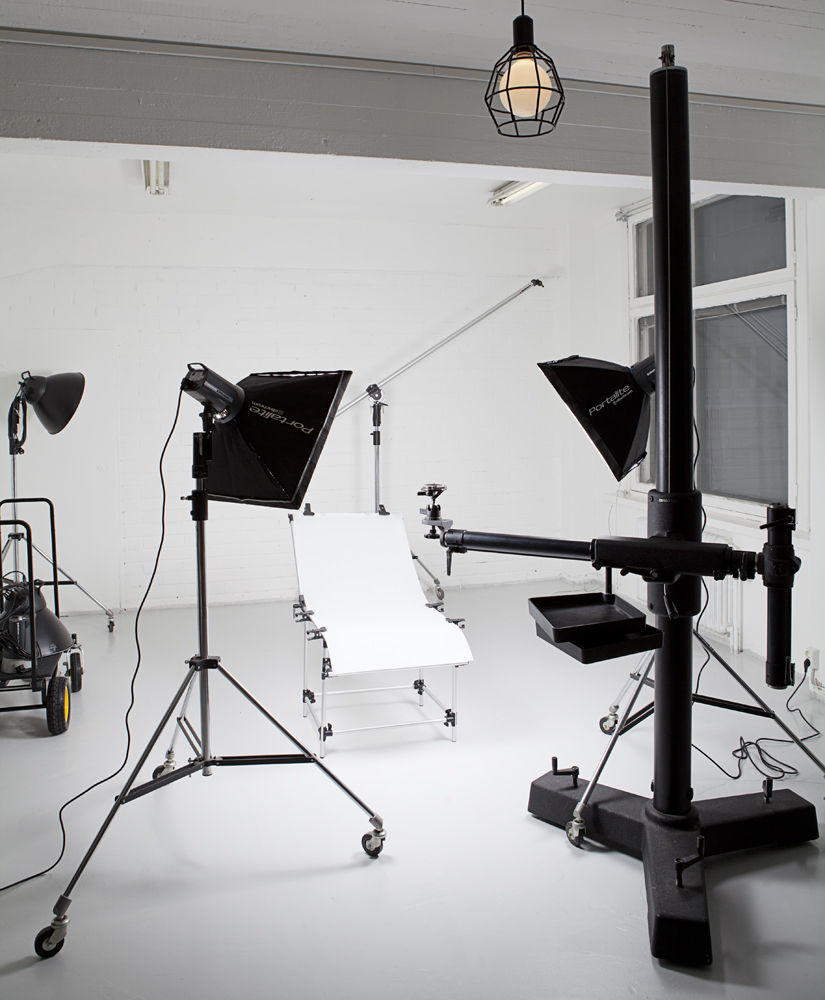 3-retouching-academy-product-lighting-and-retouching-product_setup