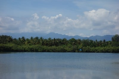 Gili Meno's beautiful interior lake.