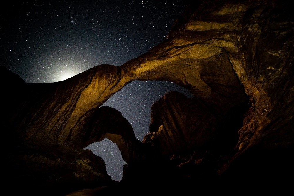 astrophotography at Doublr Arch in Moab at Arches National Park