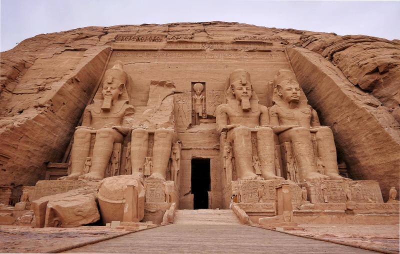 Abu Simbel temple front